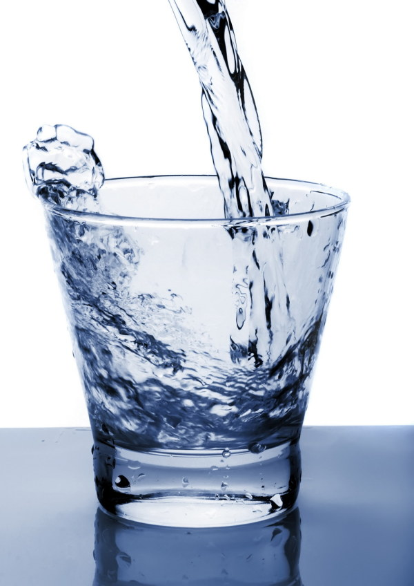 素描圆形玻璃水杯的画法步骤图